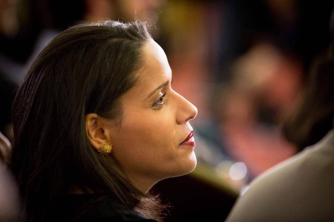 Estelle Youssouffa: Journaliste Mahoraise consultante en affaires internationales