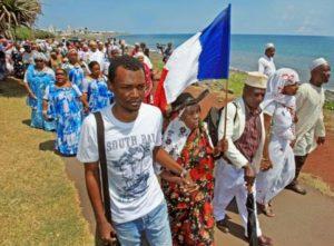 Regard d'un Mahorais de la Réunion sur son île natale